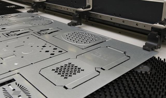 Cắt inox bằng phương pháp laser nhanh chóng và vô cùng chuẩn xác