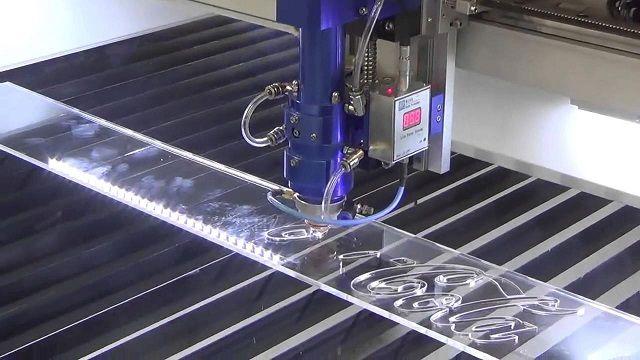 Công nghệ cắt laser mica giúp tiết kiệm thời gian