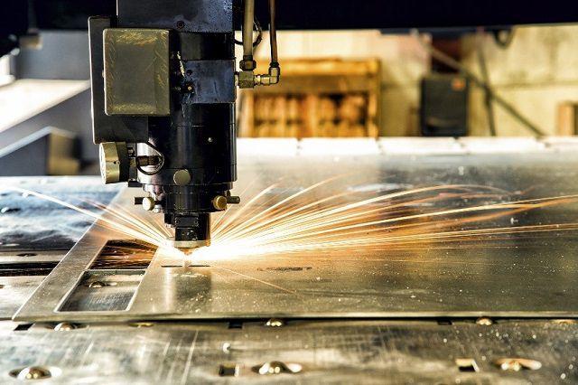 Gia công sản phẩm có tính thẩm mĩ cao bằng công nghệ cắt & khắc laser inox
