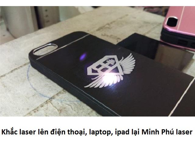 Dịch vụ khắc laser điện thoại tại Hà Nội giá rẻ lấy ngay