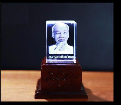 Dịch vụ khắc laser lên pha lê tại Hà Nội uy tín-tin cậy-nhanh chóng