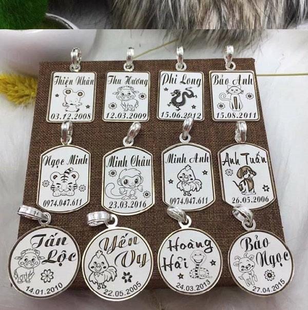 Cách loại chất liệu làm vòng cổ pettag khắc tên cho chó mèo