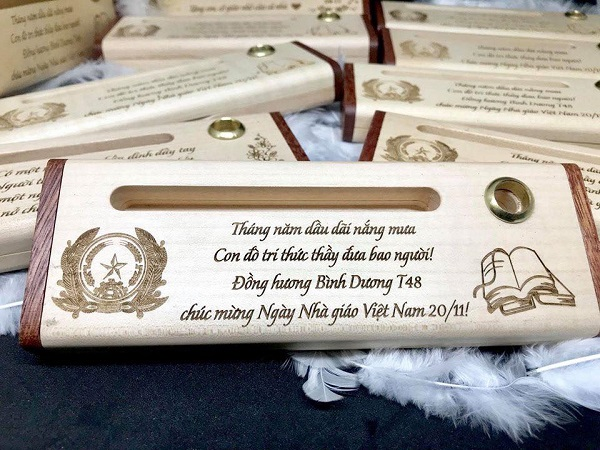 Vai trò của bút gỗ khắc tên, khắc chữ